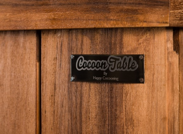 Cocoon Table by Happy Cocooning